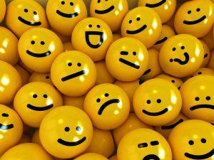 Viele Smileys auf einem Haufen