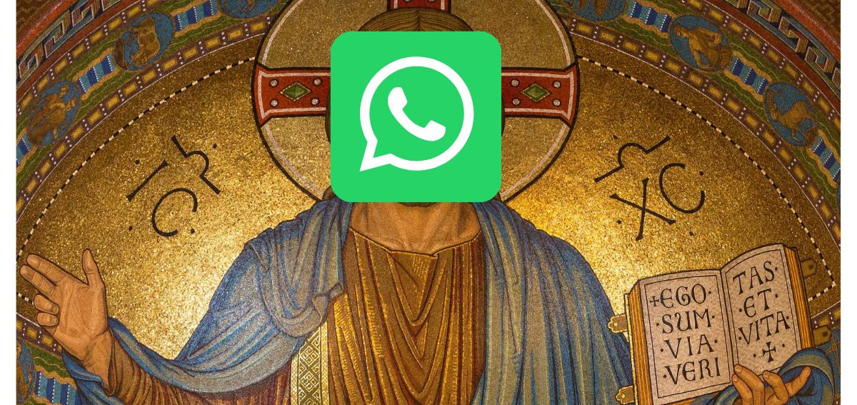 Das Foto zeigt ein Bild von Jesus, wo an Stelle des Kopfes ein WhatsApp-Logo platziert wurde.